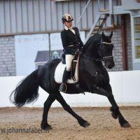 Esther fan 'e Sjongedyk met Alisa de Jong 0002