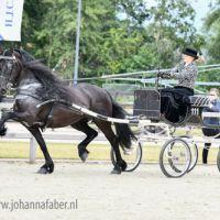 DK Auckje fan 'e Alde Ryd (v. Tsjalke 397) met Anke Kuppens 2261