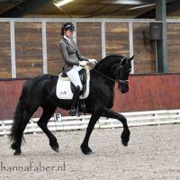 Amelie (Thorben 466 x Heinse 354) met Harmina Holwerda 0707 20201224